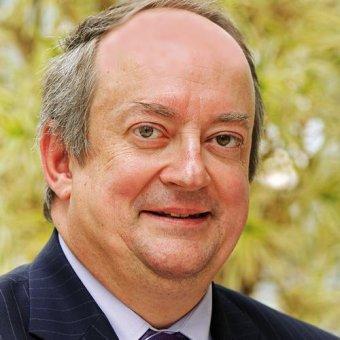 Zdjęcie do ogłoszenia Umowa o finansowaniu między poważną twarz