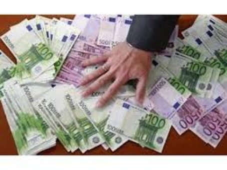 Zdjęcie do ogłoszenia Umowa o finansowaniu między poważną osobą