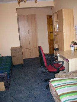 Zdjęcie do ogłoszenia jasny pokój w studenckim mieszkaniu dla 1osoby
