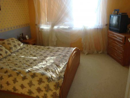 Zdjęcie do ogłoszenia Pokoj do wynajecia w spokojnym domu na Zalesiu
