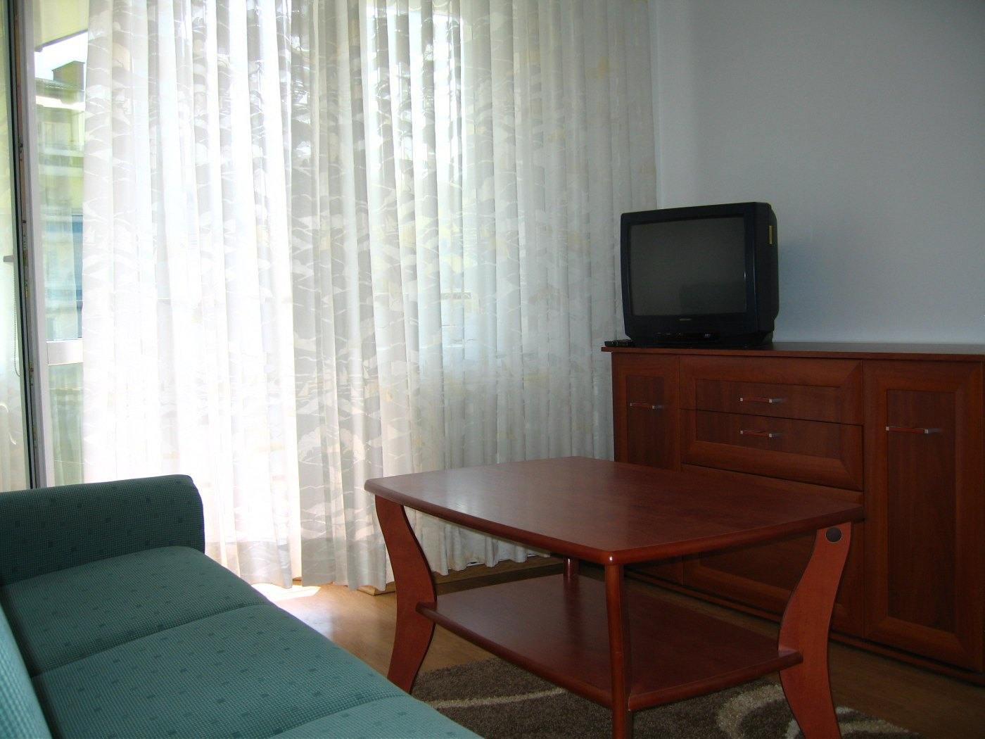 Zdjęcie do ogłoszenia Wynajmę 2-pokojowe mieszkanie z garażem w centrum Koszalina.